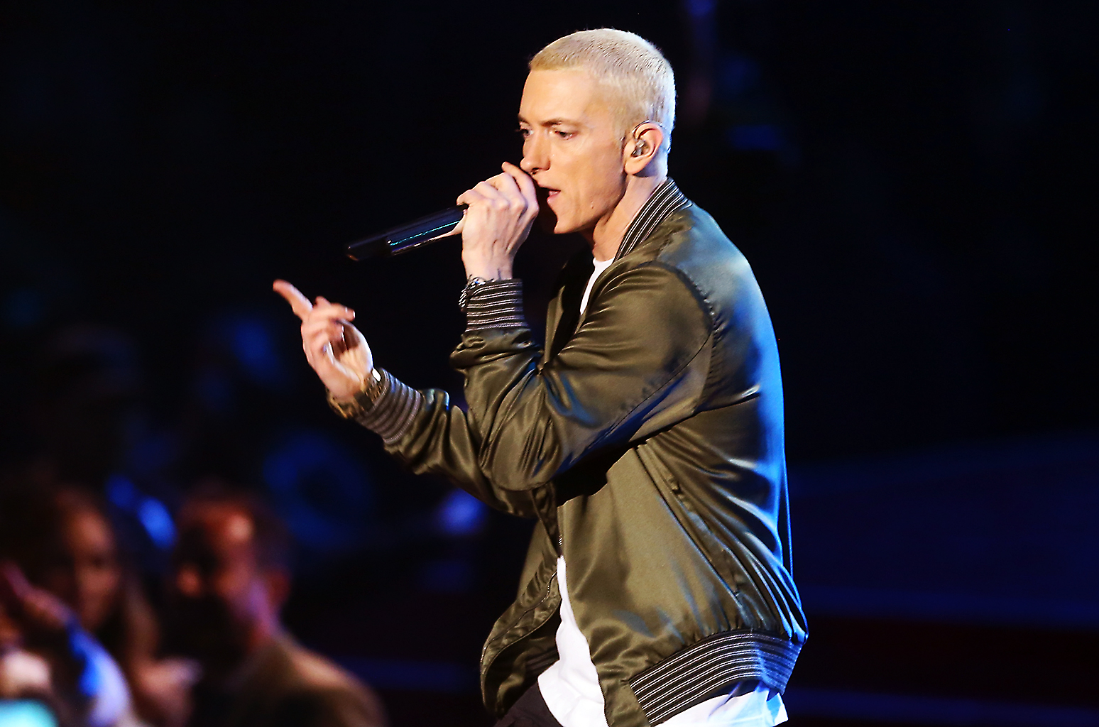 eminem perform on mtv awards 2014 billboard 1548